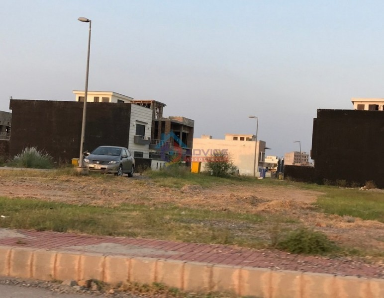 Bahria_town_E_Block_Pictures_33.JPG