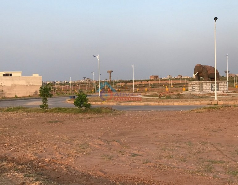 Bahria_town_M_Block_Pictures_320.JPG