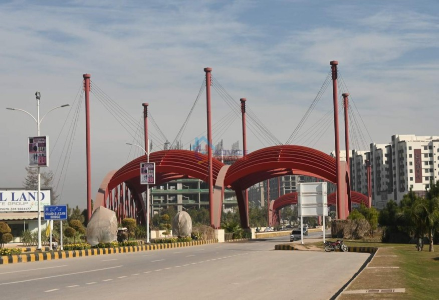 Gulberg-Bridge13.JPG