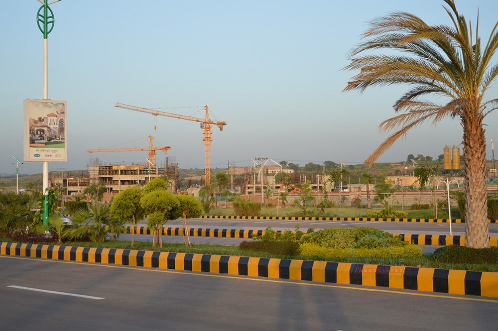 Gulberg Islamabad 1 Marla Shop For Sale